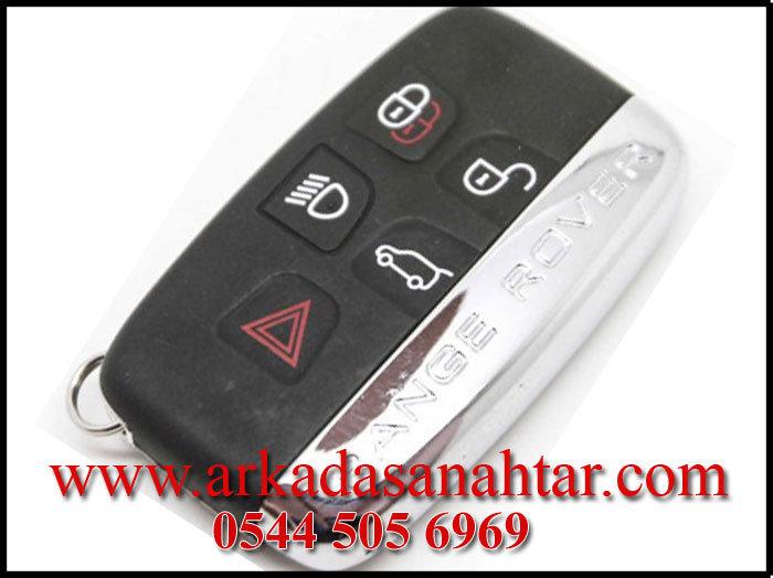 Range Rover Evoque anahtar fiyatı servislerde uçuk olsa da bizde yarı fiyatına yaptırmanız mümkündür.