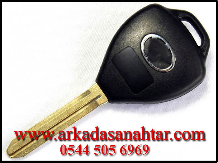 Toyota Hilux Anahtarı