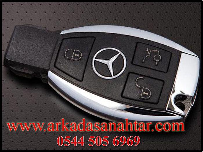 Mercedes vaneo Smart Anahtar ihtiyacınız varsa bizi arayınız 0544 5056969. Tüm anahtarlarınız kaybolsada Vaneo anahtarı yapabiliyoruz.Yedek vaneo anahtar ihtiyacınız varsa bizi arayabilirsiniz.